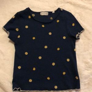Alter'd State navy blue with daisies tee